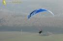 Paramoteur dans la brume Ile-de-France