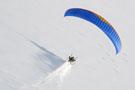 Vol paramoteur sous la neige
