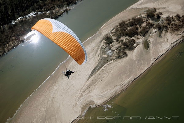 photo-aerienne-loire-paramoteur