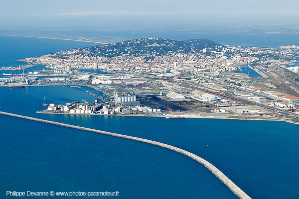 Photo aérienne de sète