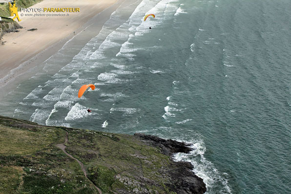 Parapente plage de Kervel , Finistre