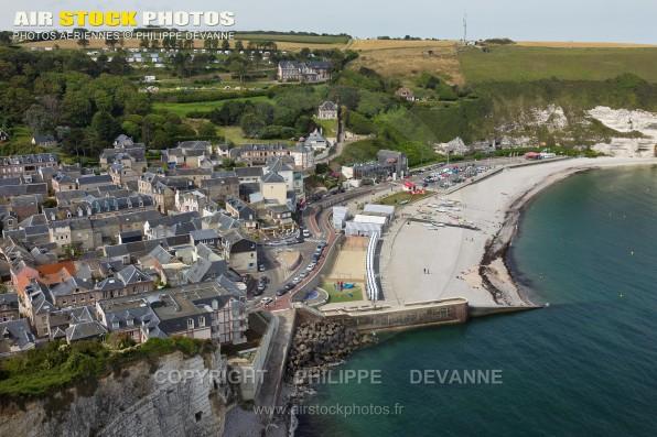 Photos aérienne d'Yport (76754) sur la côte d'Albatre , département de Seine-Maritime, région Haute normandie, France - Aout 2015