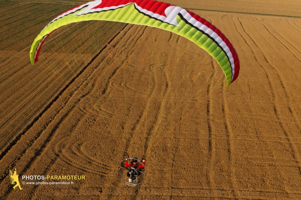 Vol du 04 octobre 2015 - paramoteur Mauchamps - Etampes 91 - www.photos-paramoteur.fr © Philippe Devanne