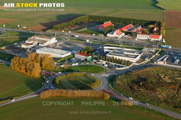 Photo aérienne de la zone d'activités des Marsandes, commune d'Avrainville 91630 Essonne, région Île-de-France