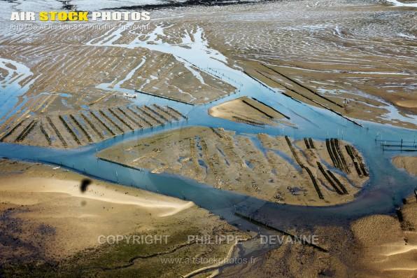 Photographie aérienne de l'Anse de la Palmyre, commune Les Mathes (17570) , département de la Charente-Maritime ; région Aquitaine-Limousin-Poitou-Charente, France. Prise de vue du 25 juin 2015