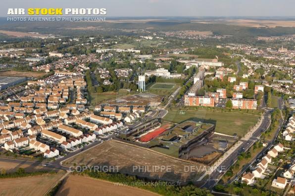 Photographie aérienne lotissement pavillonnaire de la ville d' Etampes (91150), département de l'Essonne, région Île-de-France, Ville situé à 50 km à l'Ouest de Paris. Prise de vue du 23/09/2016