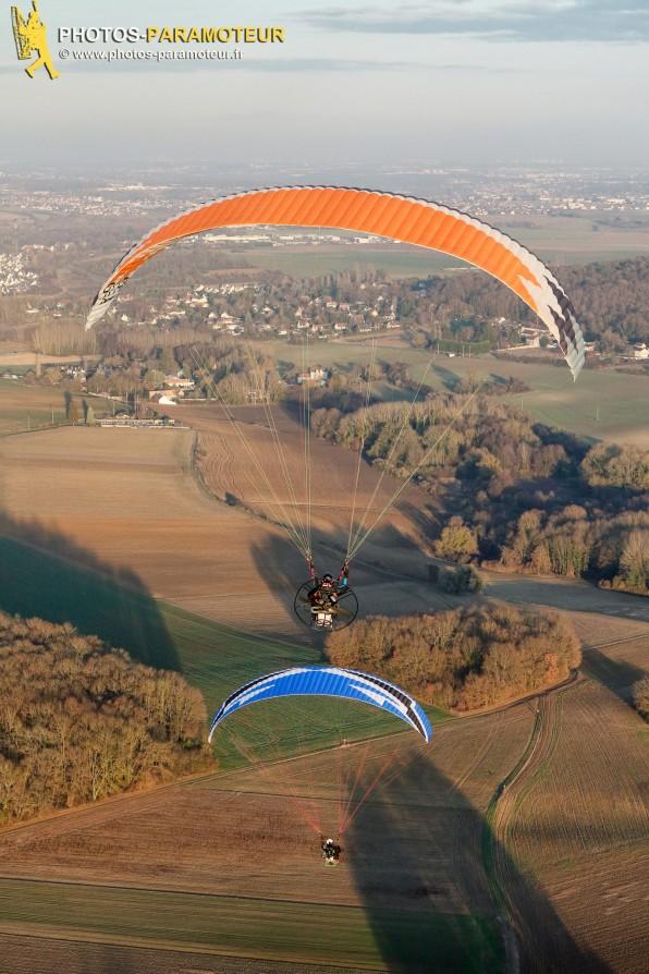 Vol paramoteur d'automne au dessus de l' Essonne (91), région Île-de-France- Vol du 16 décembre 2016