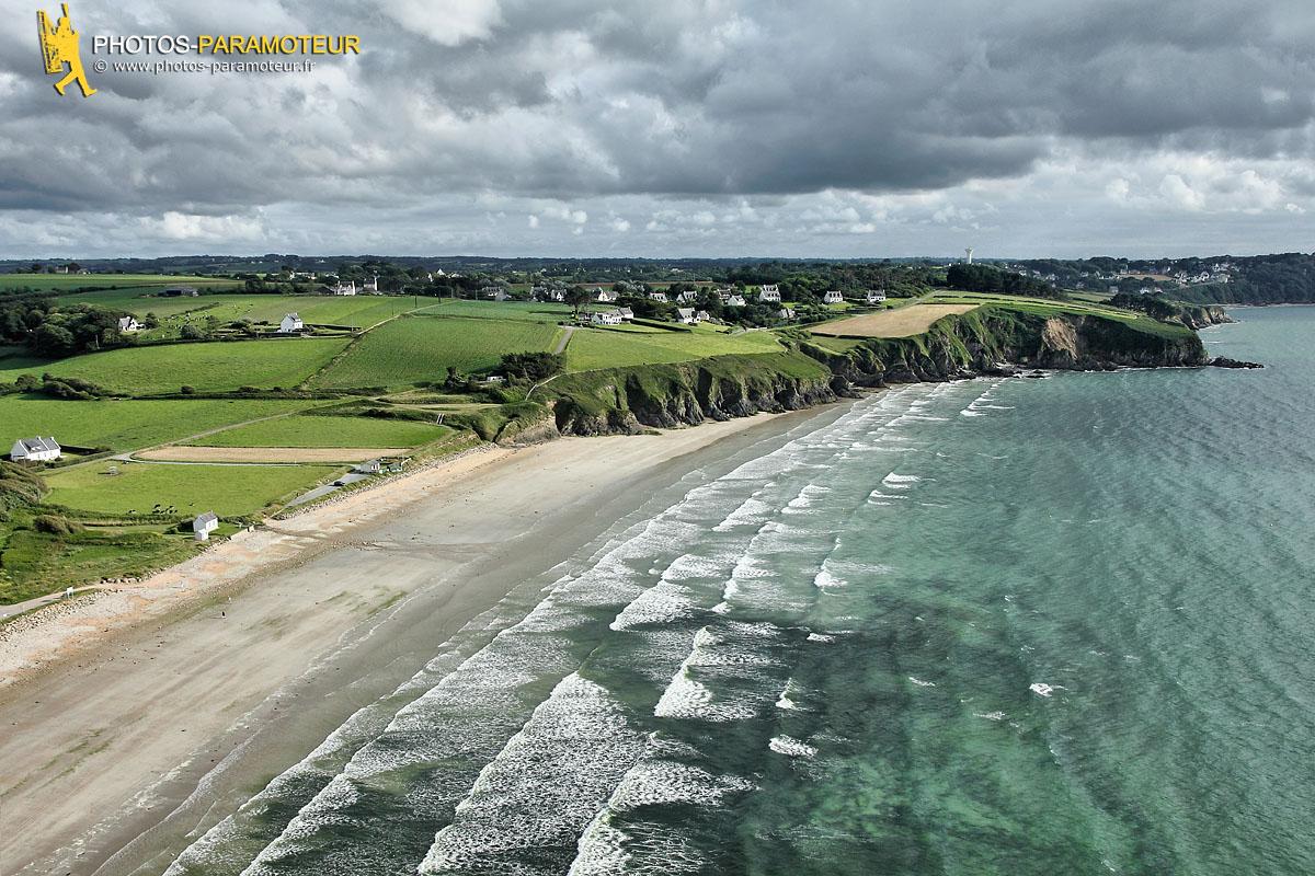 Plage de Trezmalaouen par temps nuageux, Finistère