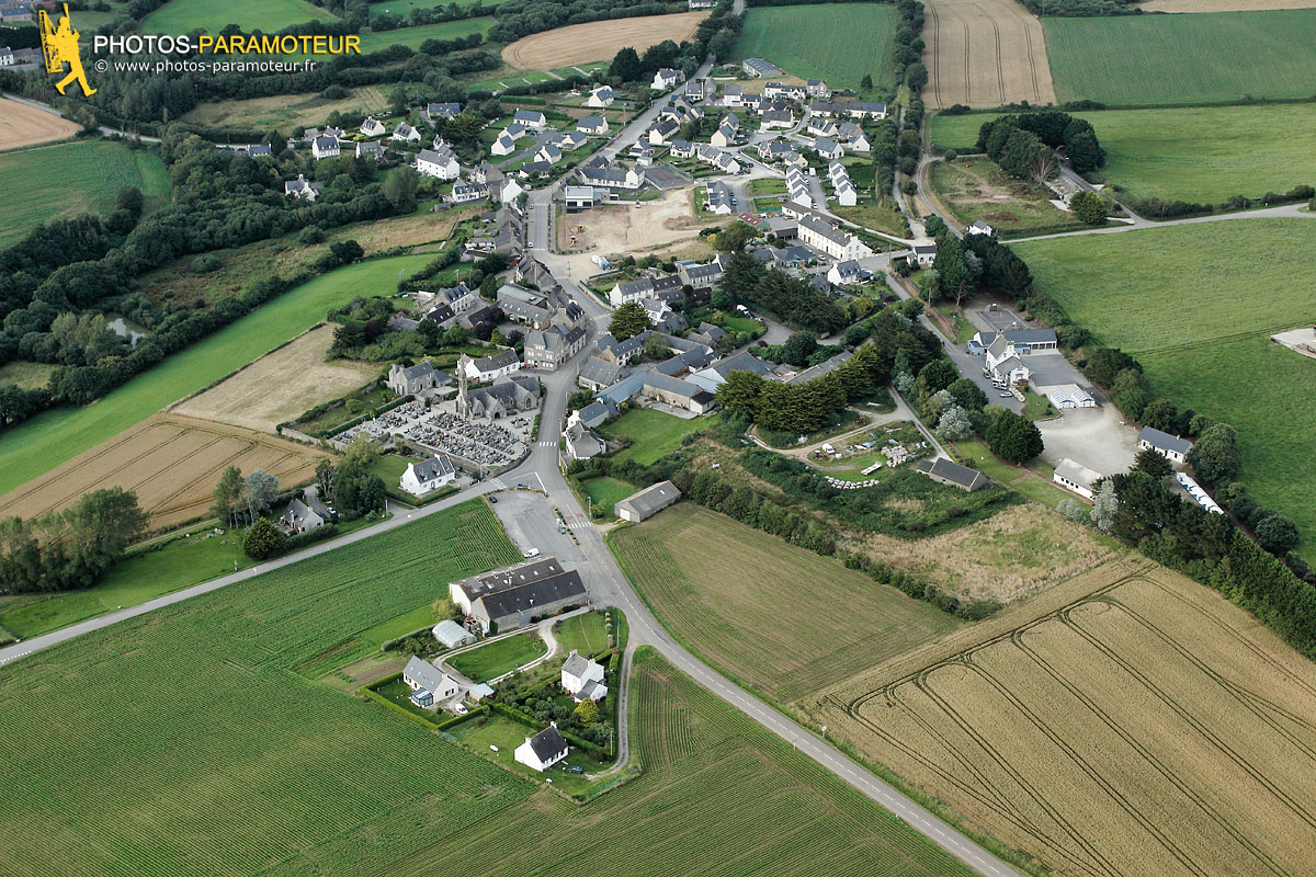 Photo aérienne de Saint-Nic, Finistère