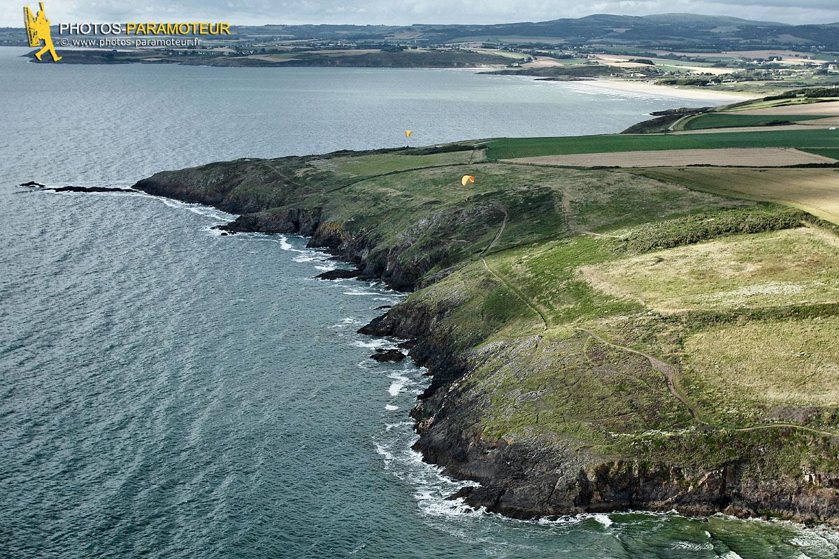 Parapente vu du ciel  Beg ar Véchen , Finistère