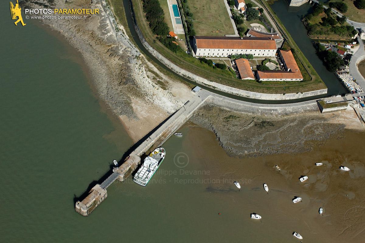 Embarcadère Fort de la Rade, île d'Aix