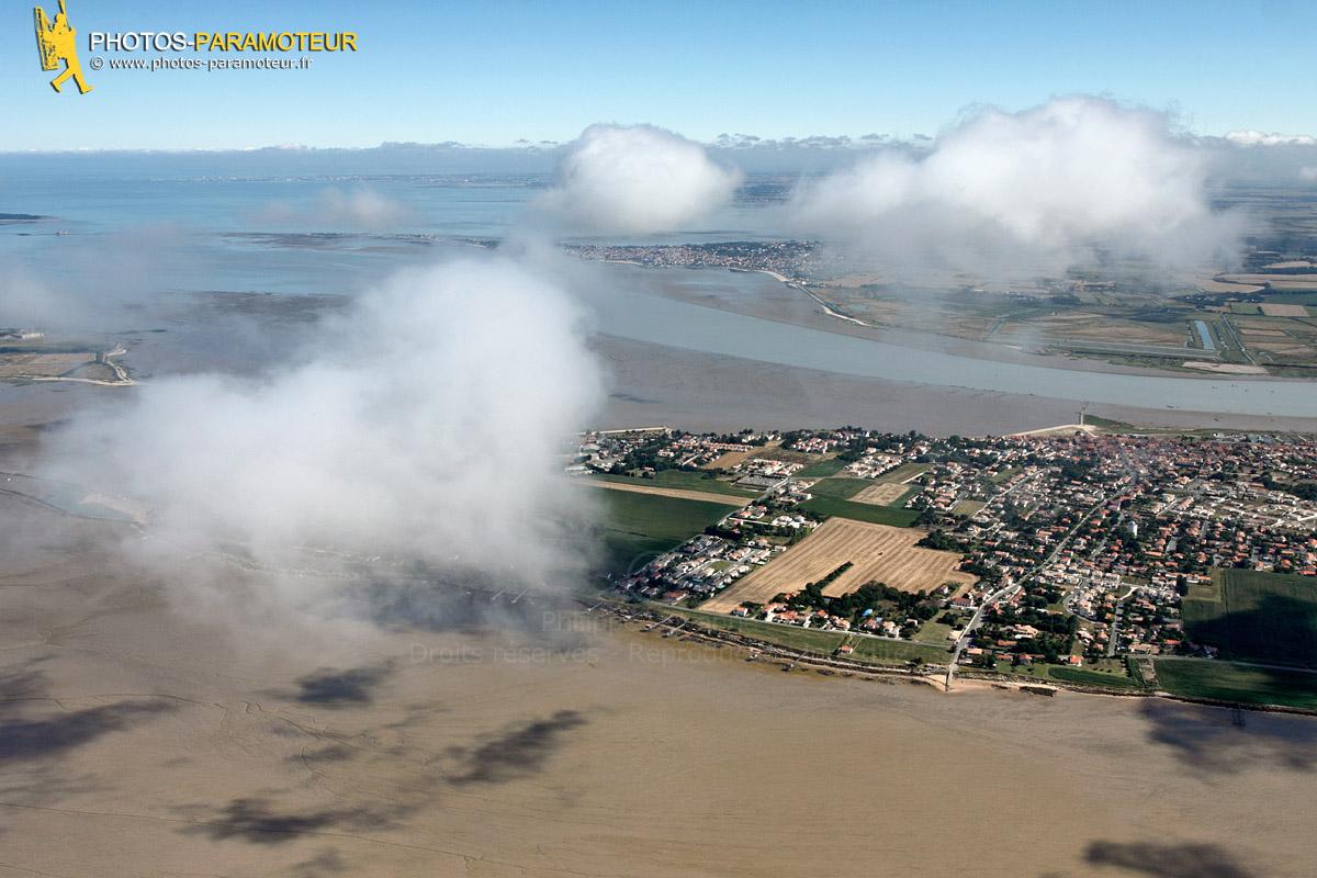 nuages au dessus de Port-des-Barques