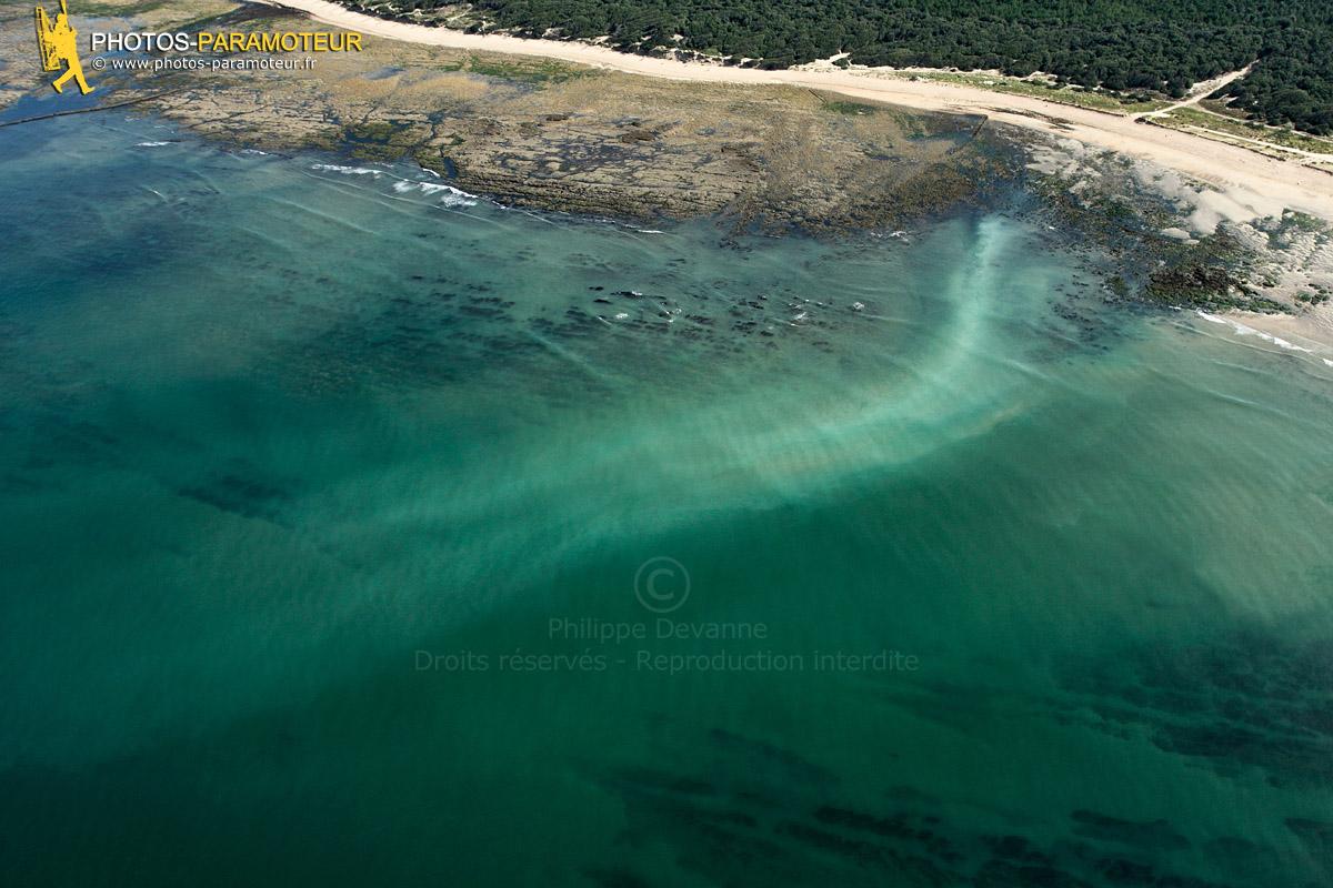 Vue aérienne polllution plage de Vert Bois à Dolus D'Oléron