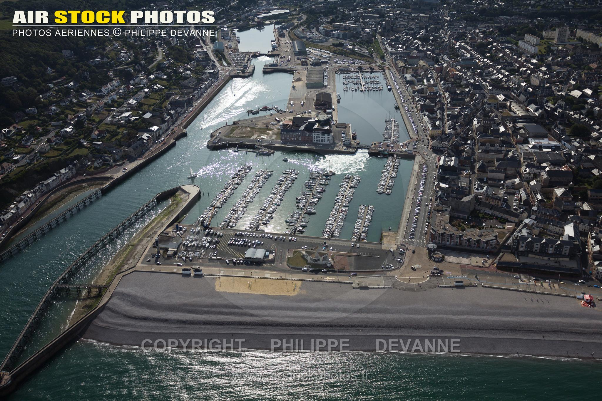 Vue aérienne port de Fécamp Seine maritime 76