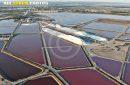 vue aérienne des Salins du midi ( camargue)