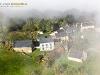 Auvergne vue du ciel en paramoteur