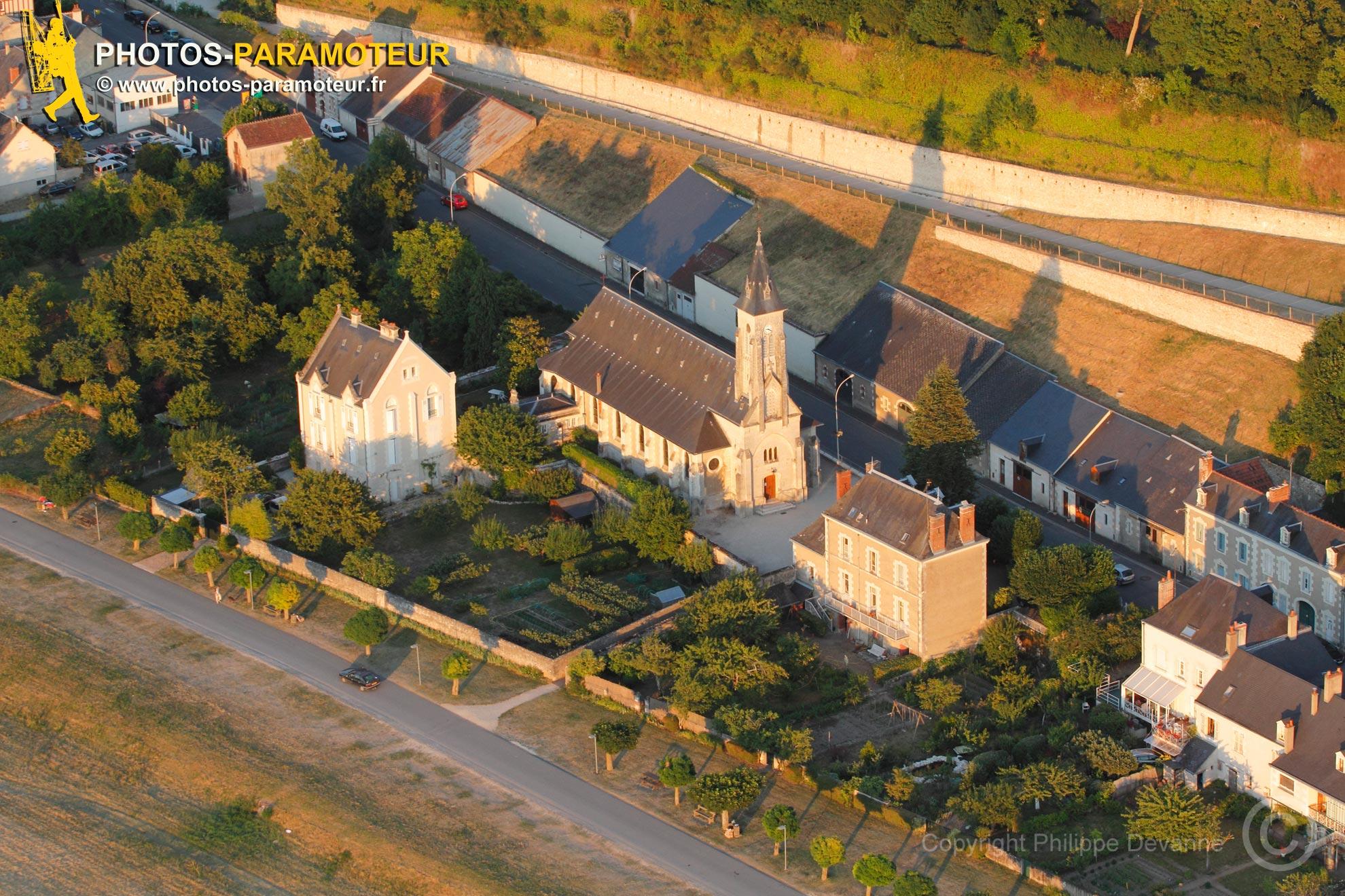 Photo aérienne eglise de Chaumont-sur-Loire