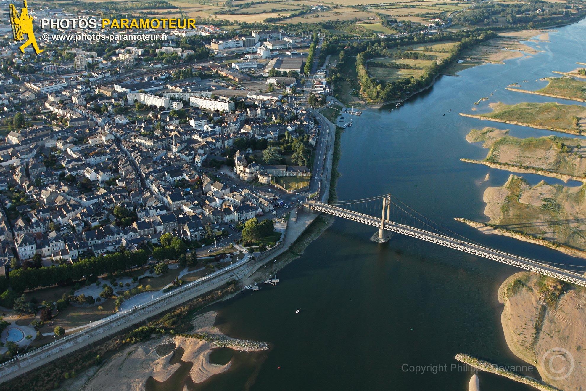 Viaduc d'Ancenis vue du ciel en Loire Atlantique
